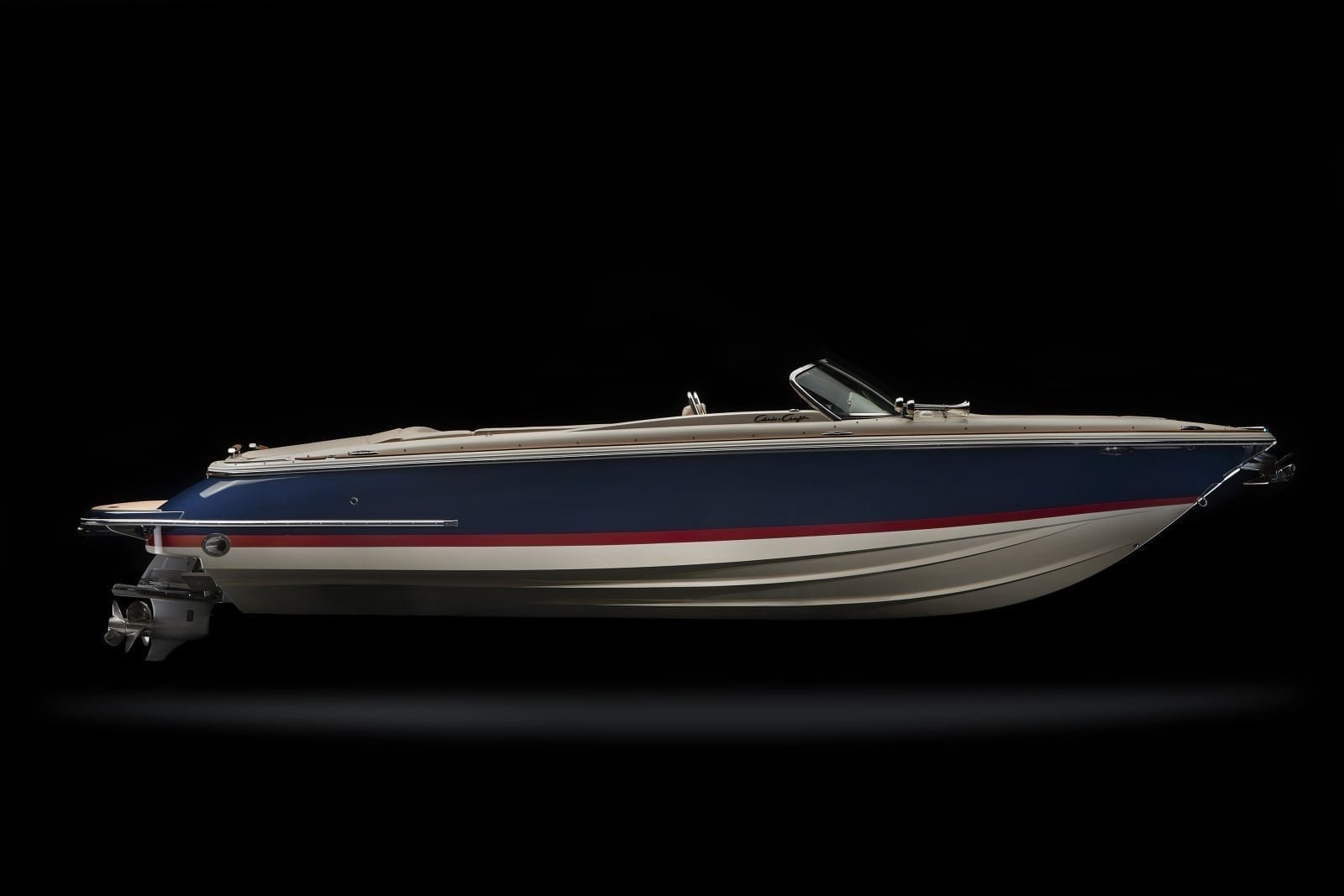 Chris Craft Launch 27 Starboard Profile View