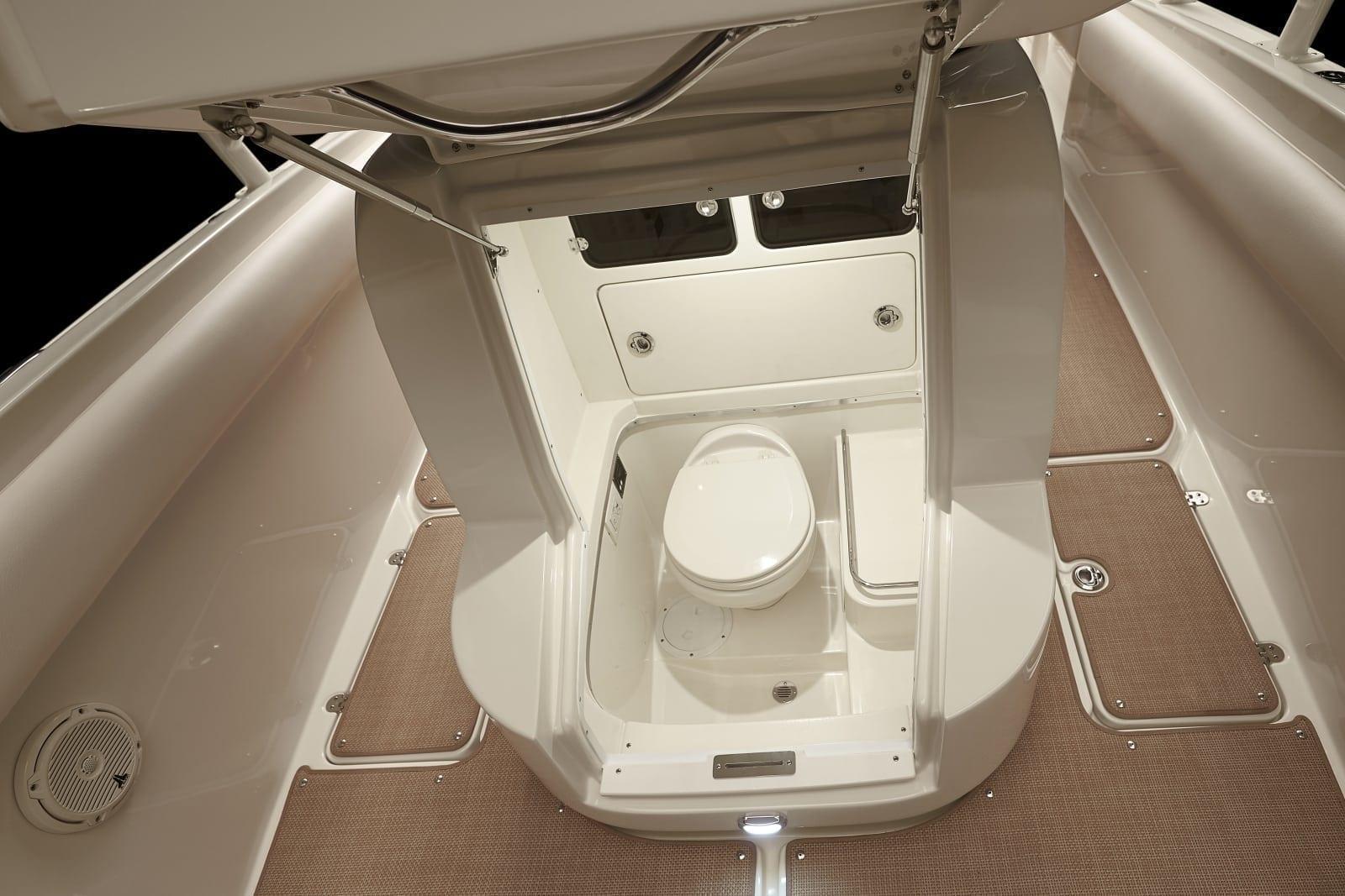 Chris Craft Catalina 26 Toilet