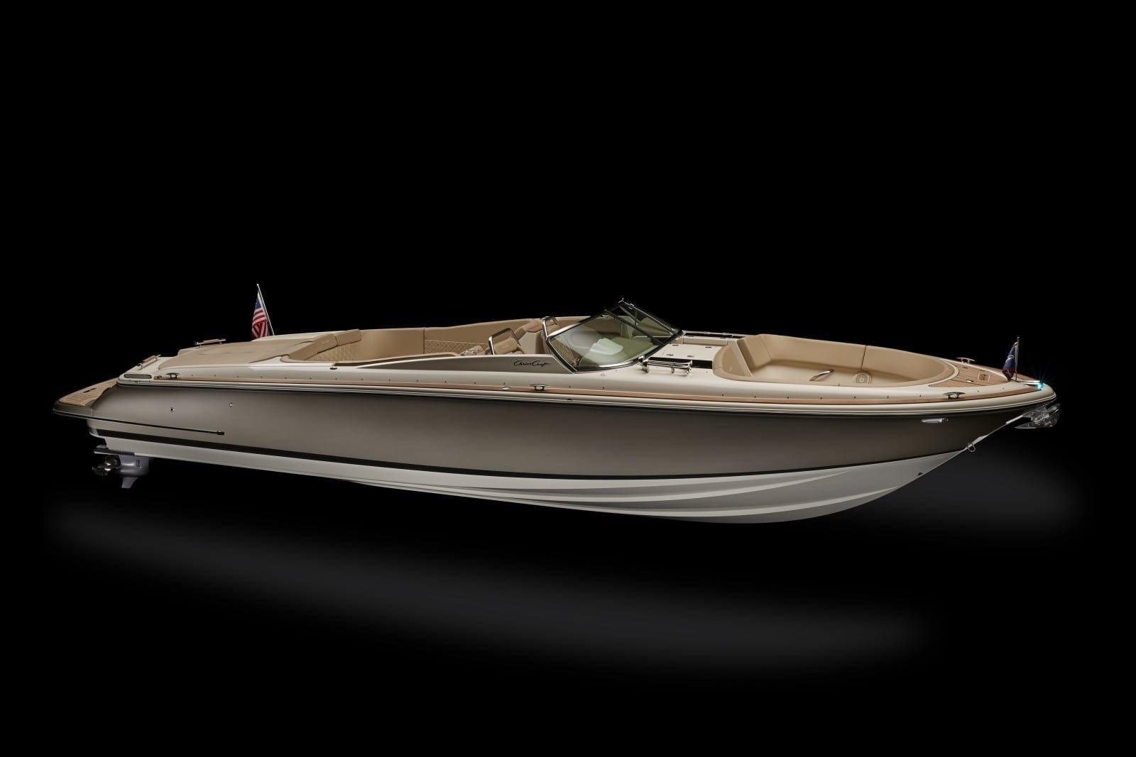 Chris Craft Launch 34 Stern Starboard Low Profile View