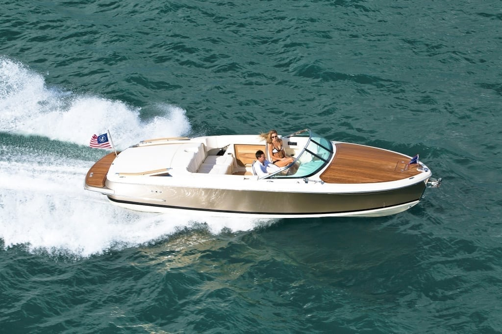 Chris Craft Capri 25 Overhead View